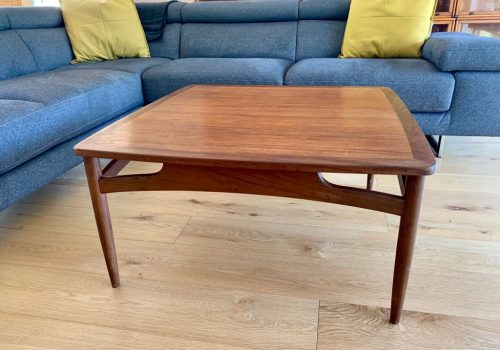 Mid Century Coffee Table Antique Vintage And Retro Furniture